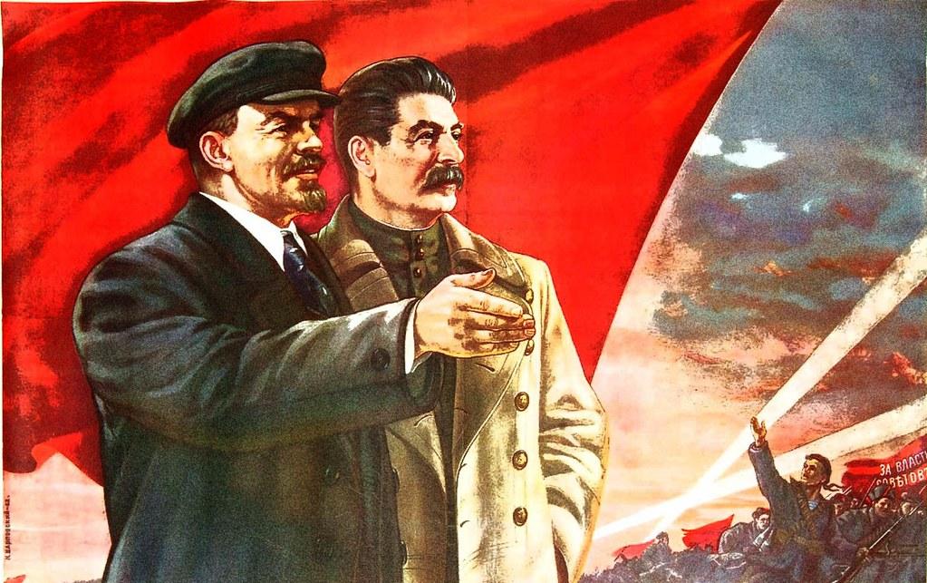 La disposición de los términos del título de este documento, primero, Revolución de Octubre y luego, Lenin y Stalin, no es por casualidad, sino que tiene una proyección hermenéutica, es…