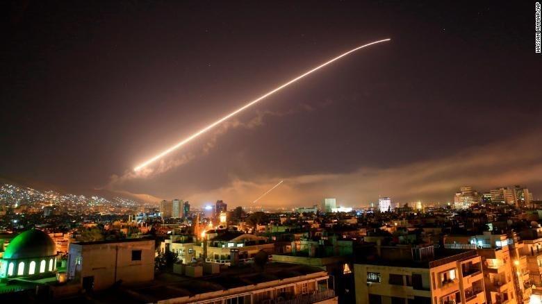 Siria, enclave fundamental por su estratégica posición geográfica a orillas del Mediterráneo y su consiguiente potencial como corredor hacia Europa, es el foco de una guerra del gas que ya…