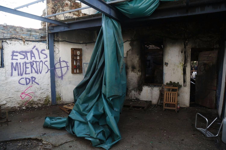 A la matinada del dia d'avui, 29 de març, ha aparegut calcinat l'Ateneu Popular de Sarrià degut a un nou atac feixista patit per aquest Ateneu en els darrers quatre…