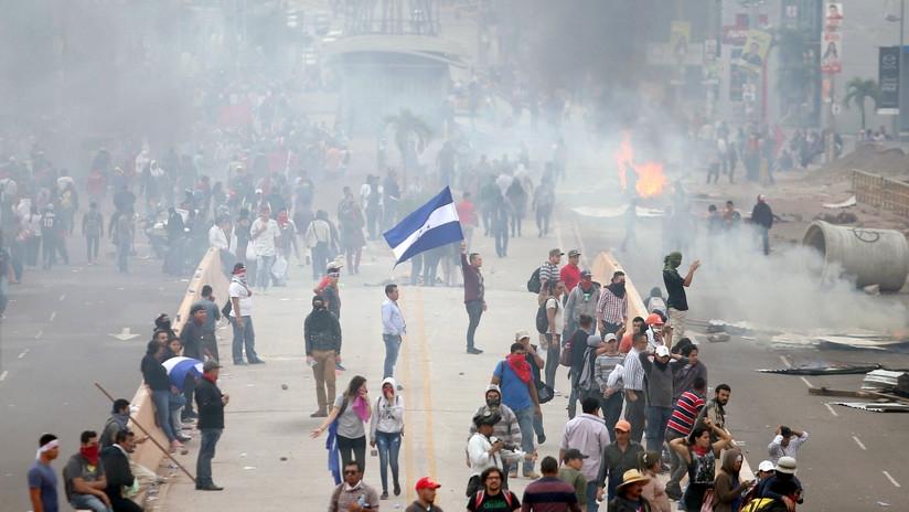 Reproducimos el comunicado de los camaradas del Partido Guatemalteco del Trabajo: CONDENAMOS EL FRAUDE ELECTORAL EN HONDURAS La hermana república de Honduras ha sido históricamente un enclave estadounidense para controlar la región…