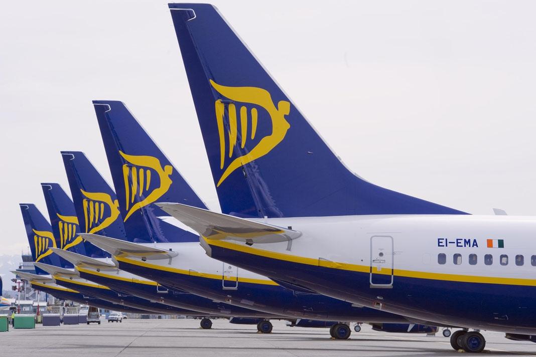 Las condiciones de precariedad a las que ha tenido que someter Ryanair a sus empleados para conquistar el mercado de la aviación comercial está provocando una rebelión de sus pilotos…