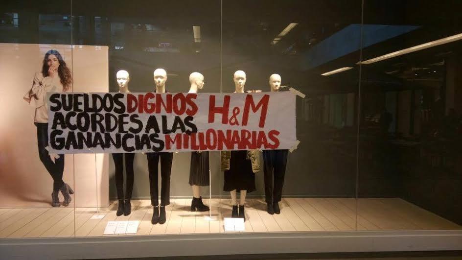 Los trabajadores de H&M sufren la crueldad de la multinacional sueca, que se niega a cumplir con el convenio colectivo. La empresa se opone a reconocer las categorías profesionales estipuladas…