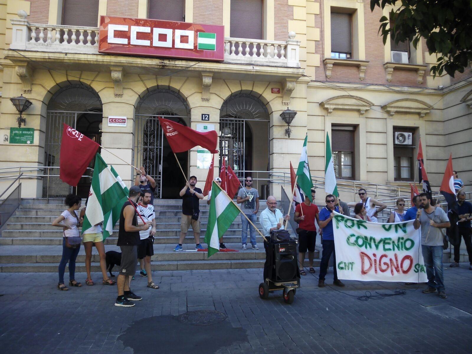 En la mañana del viernes 4 de agosto del 2017, una delegación delPartido Comunista Obrero Español(PCOE) en Córdoba nos unimos la concentración convocada por laConfederación Nacional del Trabajo(CNT) y elSindicato…