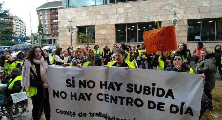 Para entender la situación que ha llevado a las movilizaciones llevadas a cabo estos días por los trabajadores de los centros de día hay que saber que los centros de…