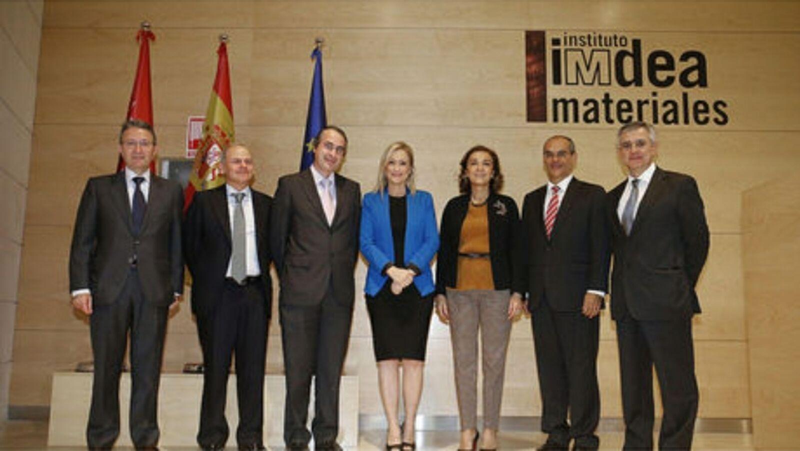 La presidenta de la Comunidad de Madrid, Cristina Cifuentes, obtuvo en 2012 su título de máster en Derecho Autonómico en la Universidad Rey Juan Carlos(URJC). Dicho grado académico no estuvo…