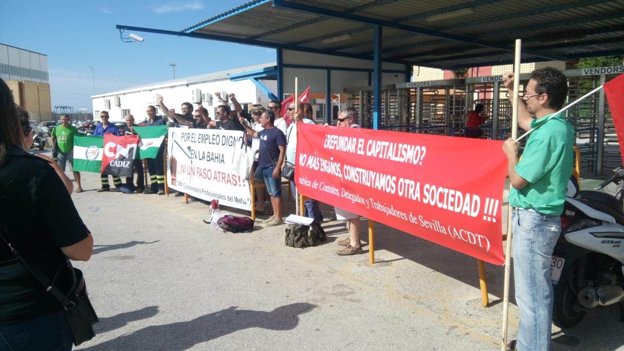 """Bajo la consigna """"Por un trabajo digno"""", el pasado 27 de de Junio la Coordinadora de Profesionales del Metal de la Bahía de Cádiz (CPM) convocó una concentración a las…"""