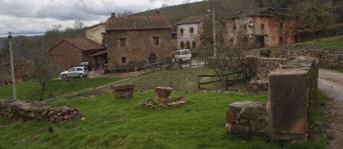 En la actualidad, 82 de los 102 municipios de Cantabria, es decir, alrededor de un 80%, están afectados por la despoblación rural. Y las previsiones no son muy halagüeñas, ya…
