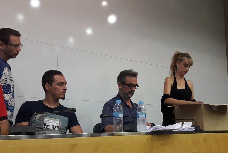 En el día de ayer los trabajadores de Eulen en el Aeroport del Prat rechazaron la propuesta de aumento salarial de la Generalitat, propuesta ésta asumida por Eulen, hecho que…
