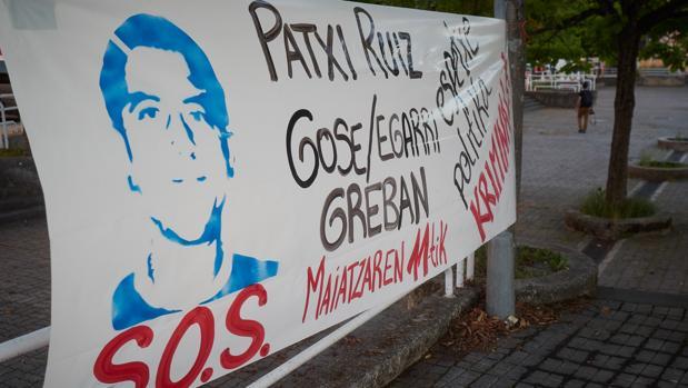 El preso político Patxi Ruiz, encarcelado desde 2002, lleva más de 10 días en huelga de hambre y de sed, desde el pasado 11 de mayo. Este acto viene motivado…